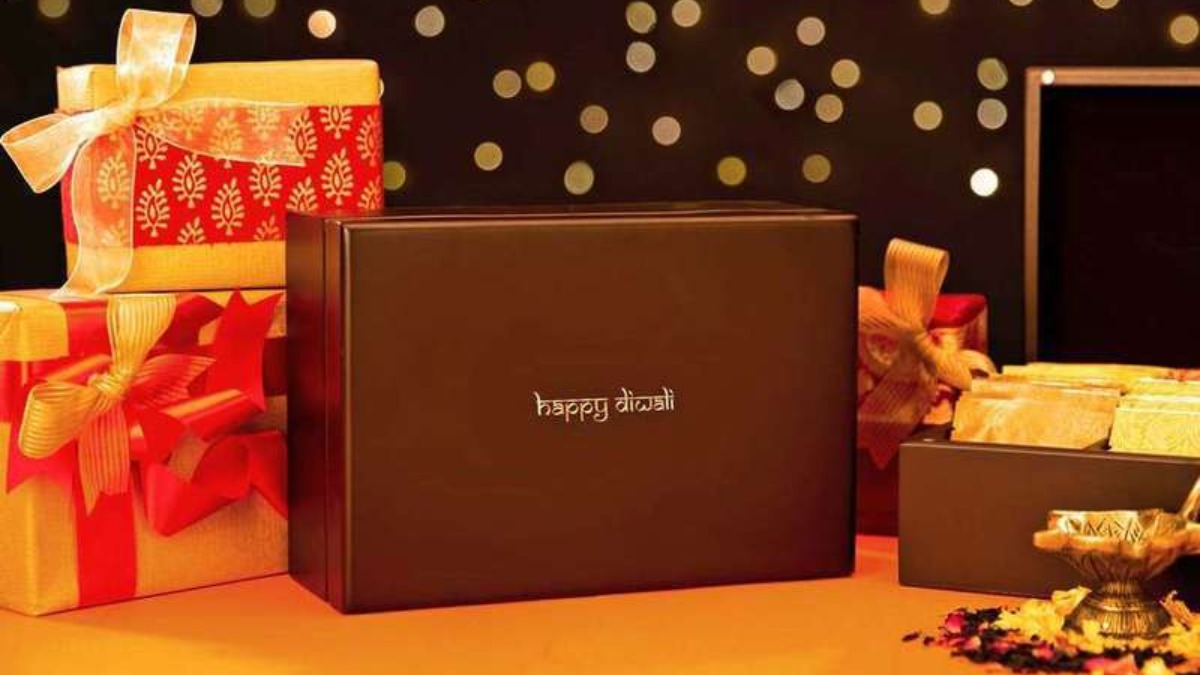 8 Amazing Diwali Gift Hampers for This Year's Diwali Celebration