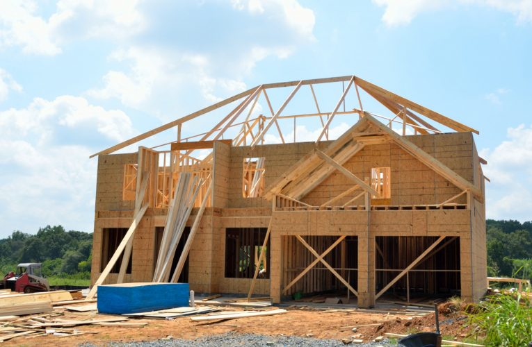 How to Choose the Right Custom Home Builder